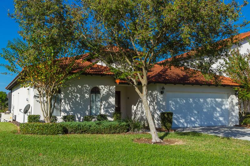 High Grove Villa Exterior Front (3)