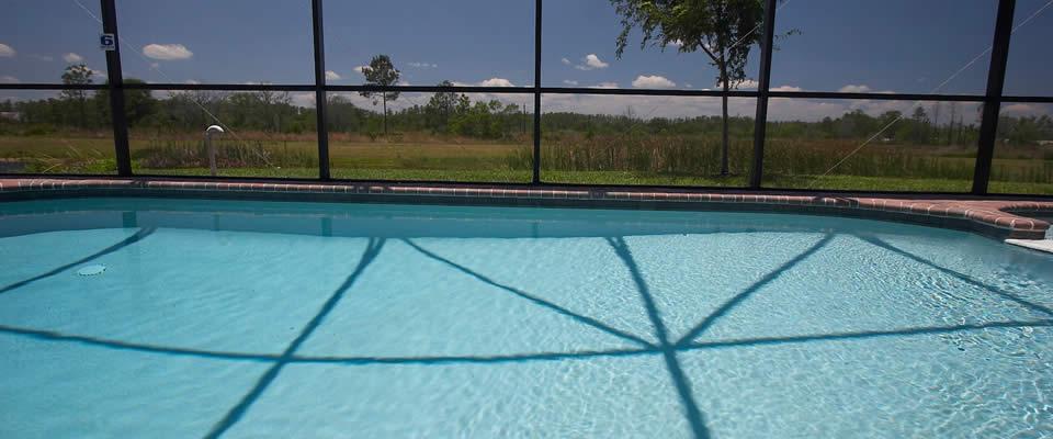 florida-villa-swimming-pool