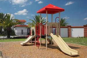 high-grove-resort-kids-playground