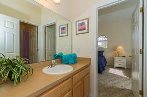 High Grove Villa Family Bathroom